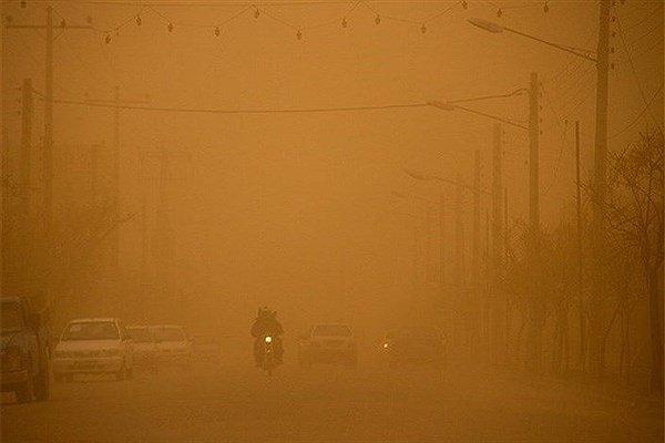 کاهش بارندگی در کرمان/گرد و غبار فردا از کرمان رخت بر می بندد