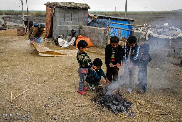 ریشه کن کردن فقر و محرومیت نیازمند عزمی همگانی است