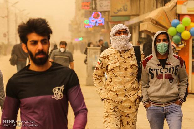 ظاهرة الغبار في مدينة اهواز جنوبي ايران