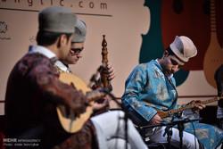 اجرای برگزیده بخش محلی و مقامی در جشنواره موسیقی فجر فارس