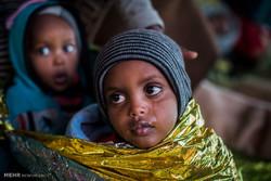 Libya açıklarında kurtarılan Afrikalı göçmenler