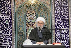 آیت الله حائری شیرازی علم و عمل را با هم آمیخته بود