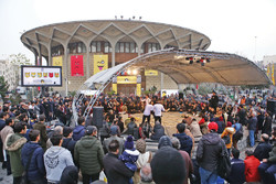 Theater aficionados welcome Fajr street performance