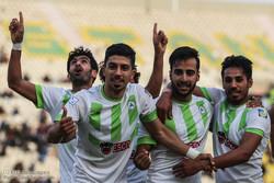 دیدار تیم های استقلال خوزستان و ذوب آهن