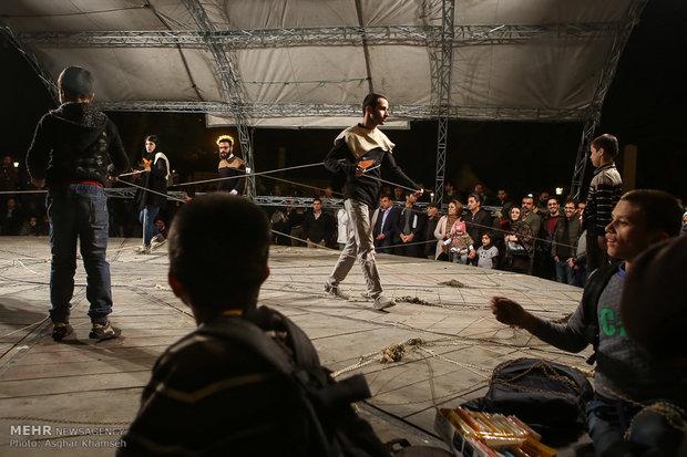اجراهای خیابانی جشنواره تئاتر فجر