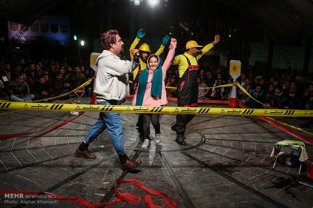 عروض على المكشوف لمسرح الشارع في طهران-2