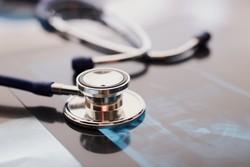 بیمارستان سیریک نیازمند پزشک متخصص است