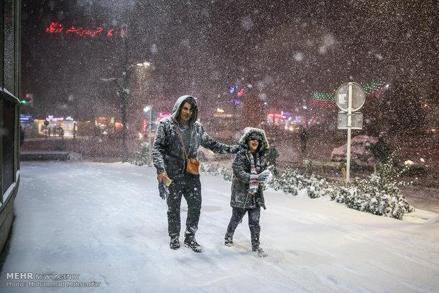 بارش برف و یخبندان در کرج