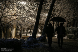 Tehran embraces first heavy snow of winter
