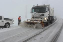 برف در جاده