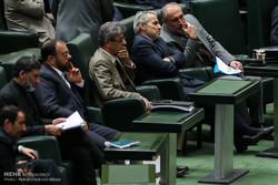 İran meclisinde bütçe mesaisi başladı