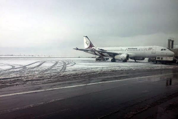 برف فرودگاه امام