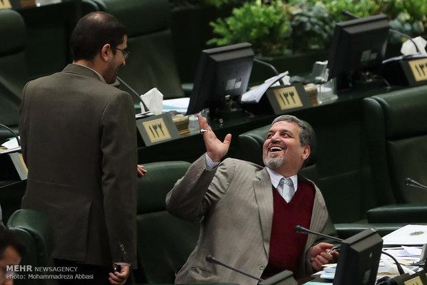 İran meclisinde bütçe görüşmeleri başladı