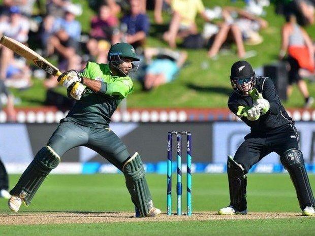 ویسٹ انڈیز نے پاکستان کو با آسانی 7 وکٹوں سے شکست دے دی
