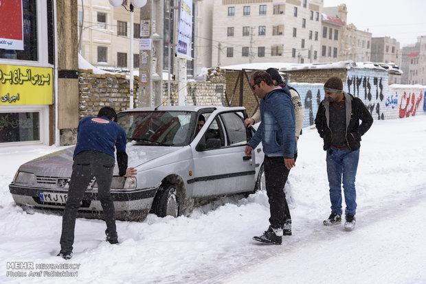 بارش برف و یخبندان در شهریار