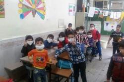 مدرسه در گرد و غبار خوزستان