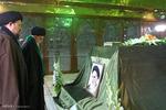 حضور رهبر انقلاب در مرقد مطهر امام راحل وگلزار شهدای بهشت زهرا(س)