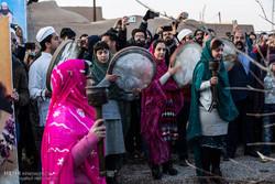 İran'da Zerdüşt inanıcına mensup vatandaşlardan kareler