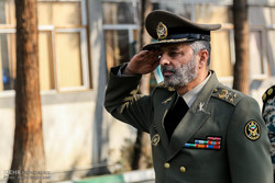 Maj. Gen. Mousavi pays visit to SW defense units