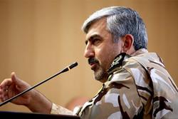 رژه خدمت به مناسبت روز ارتش در خوزستان برگزار می شود