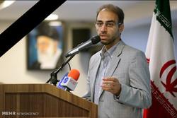 """وفاة """"رضا مقدسي"""" المدير السابق لوكالة مهر للأنباء"""