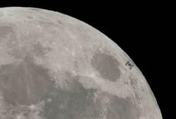 گذر ایستگاه فضایی بین المللی از جلوی ماه ثبت شد