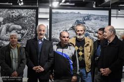 عکسهایی که تاکنون از جنگ ندیدهاید/ نخلها ایستاده شهید می شوند