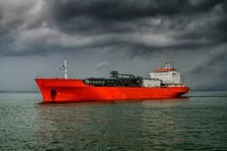 فقدان ناقلة نفط هندية وعلى متنها 22 من أفراد طاقمها
