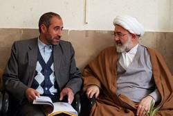 دیدار امام جمعه شاهرود با مدیر کل کمیته امداد سمنان - کراپشده