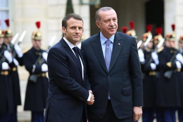 فرانسه: ترکیه از تروریست حمایت میکند