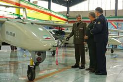 """افتتاح الوحدة الانتاجية لطائرة """"مهاجر 6"""" بدون طيار المزودة بقنبلة ذكية / صور"""