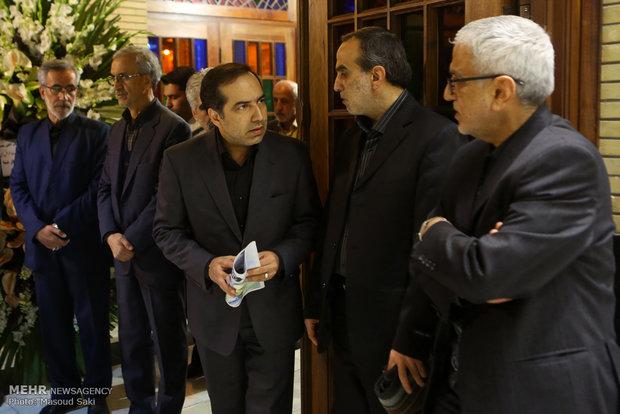 حسین انتظامی در مراسم ترحیم زنده یاد رضا مقدسی فعال رسانه ای