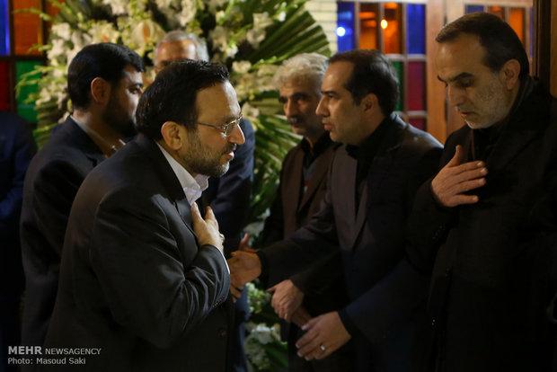 حمیدرضا مقدم فر در مراسم ترحیم زنده یاد رضا مقدسی فعال رسانه ای