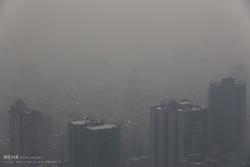 هوای تهران در وضعیت قرمز / گروه های حساس در منزل بمانند