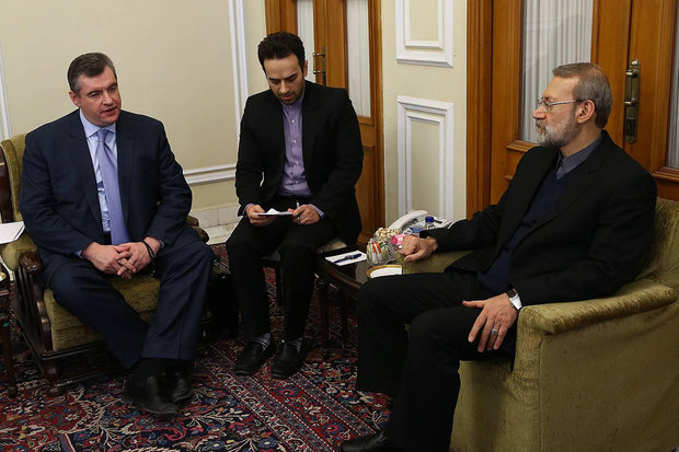Larijani meets with Russian State Duma envoy