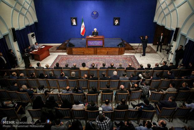 نشست خبری رئیسجمهور