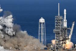 پرتاب راکت فالکون هوی به فضا