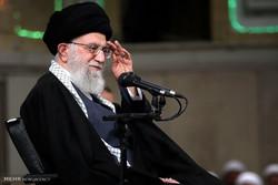 قائد الثورة الاسلامية يستقبل عدد من قادة وافراد القوات الجوية /صور