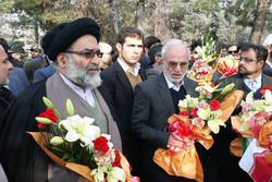 آیین مهمانی لالهها در بهشت زهرا(س) برگزار شد