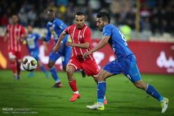 دیدار تیم های استقلال تهران و سپید رود رشت