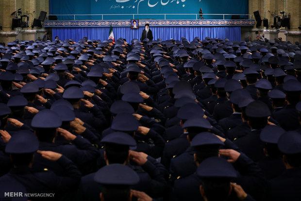 Leader receives Air Force commanders