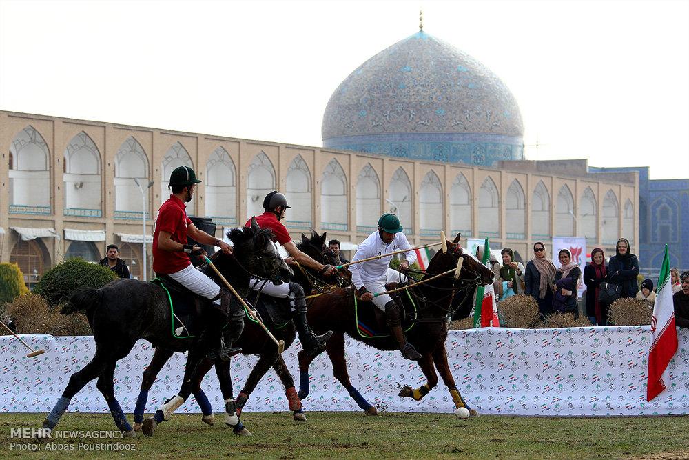 امروز؛ آیین افتتاحیه بازی چوگان در میدان نقشجهان برگزار شد