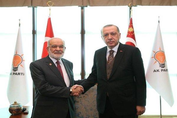 Erdoğan ile Karamollaoğlu bir araya geldi