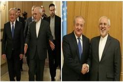 ظريف يبحث مع نظيره الأوزبكي العلاقات بين البلدين