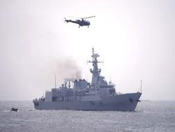پاکستان اور عمان کے بحریہ کے درمیان مشقوں کا انعقاد