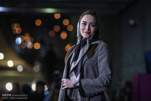 بهنوش طباطبایی بازیگر فیلم دارکوب در هشتمین روز از جشنواره فیلم فجر