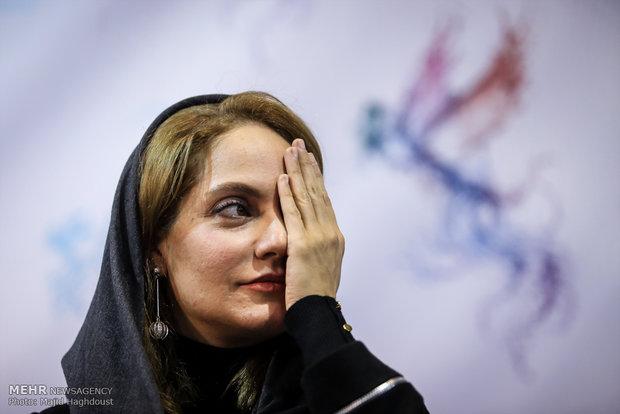 مهناز افشار بازیگر فیلم دارکوب در هشتمین روز از سی و ششمین جشنواره فیلم فجر