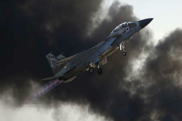اسرائیل نے شام پر حملے میں عراق اور اردن کی فضائی حدود کی خلاف ورزی کی