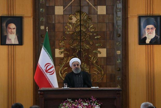 Pres. Rouhani slams pro-terrorists states bombarding neighbors