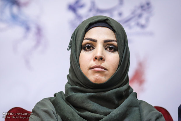 نشست خبری فیلم مستند زنانی با گوشواره های باروتی
